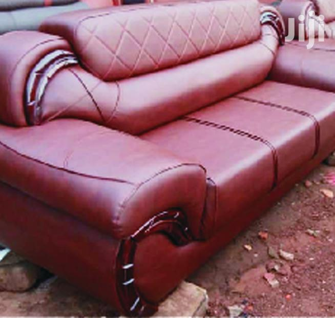 Furniture, High Quality Leather Living Room Sofa at a Reduced Price