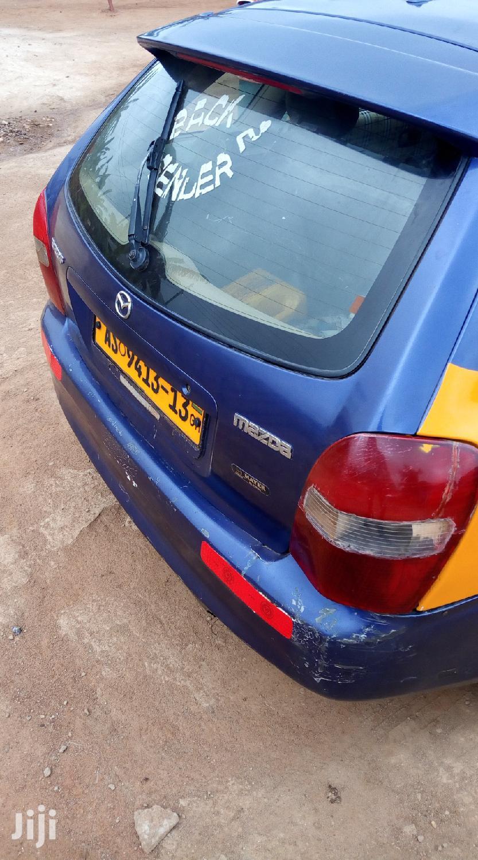 Archive: Mazda 323 2001 2.0 Blue