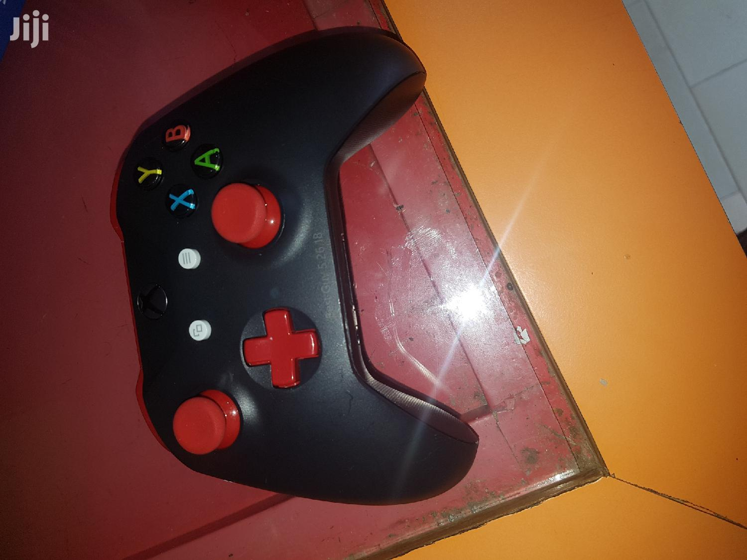 Xbox One X Pad | Accessories & Supplies for Electronics for sale in Awutu Senya East Municipal, Central Region, Ghana