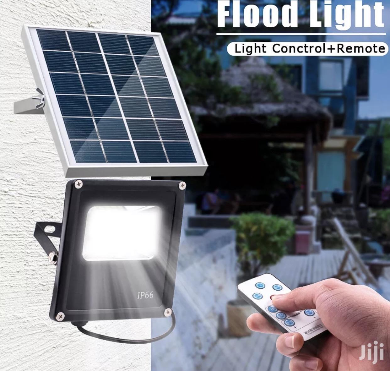 Archive: 10W Solar Power 20LED Flood Light Lamp Waterproof Remote