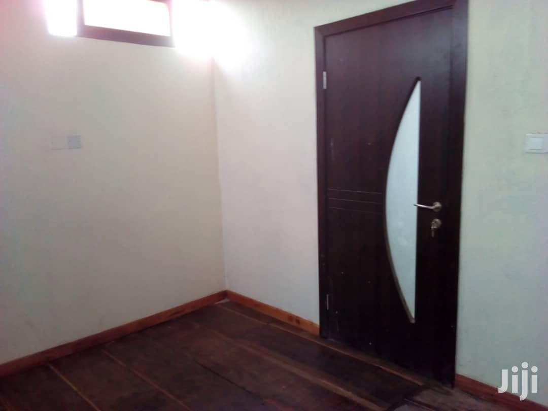 9 Bedrooms Mansion With 2 Bedrooms Boys Quarters 4 Quick Sale - Accra | Houses & Apartments For Sale for sale in Accra Metropolitan, Greater Accra, Ghana
