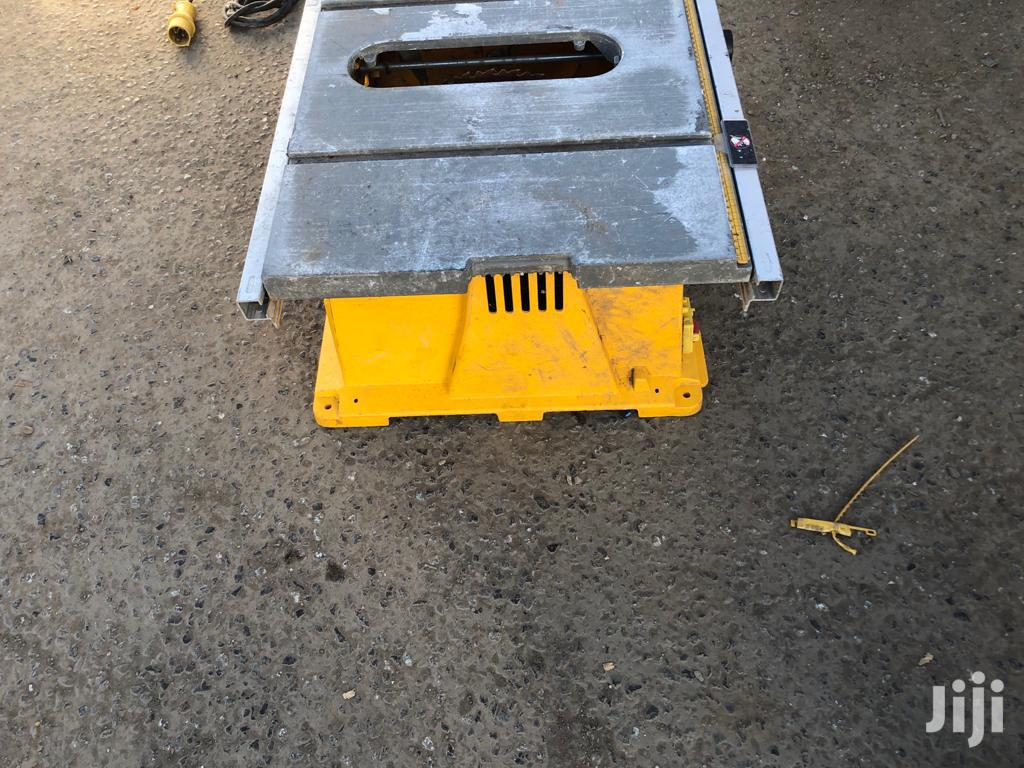 "DEWALT 12"" Table Saw Machine 