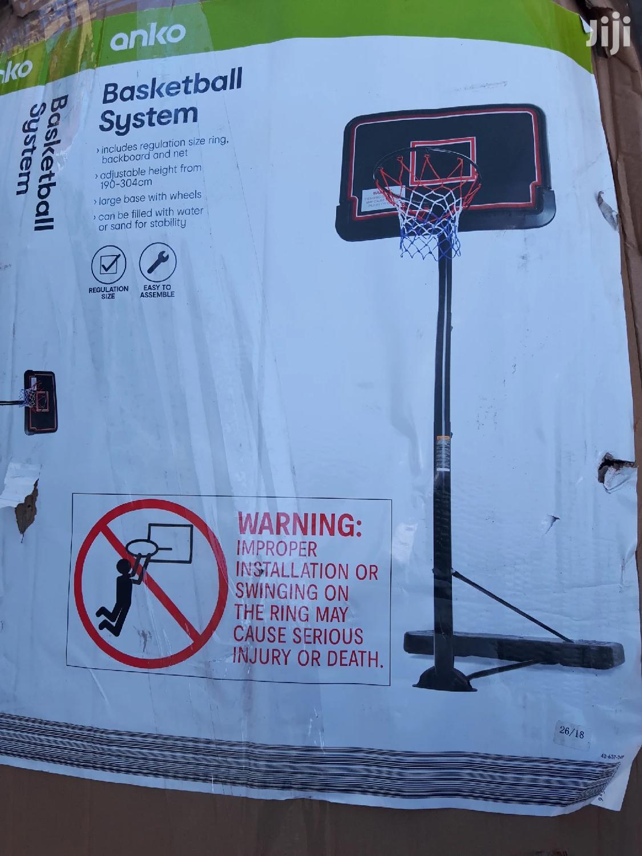Basketball Stand (Adults)