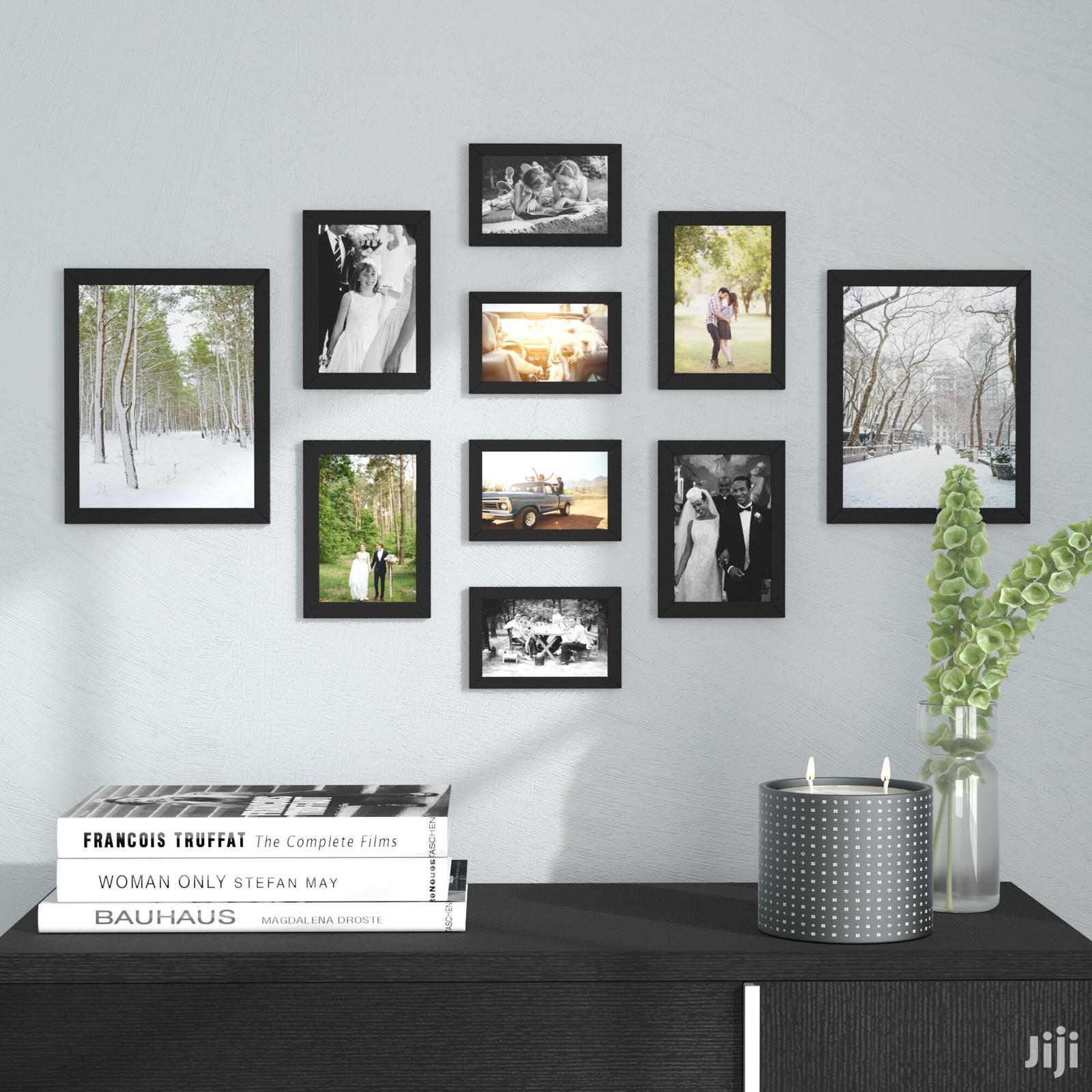 Archive: Picture Frame With Pictues