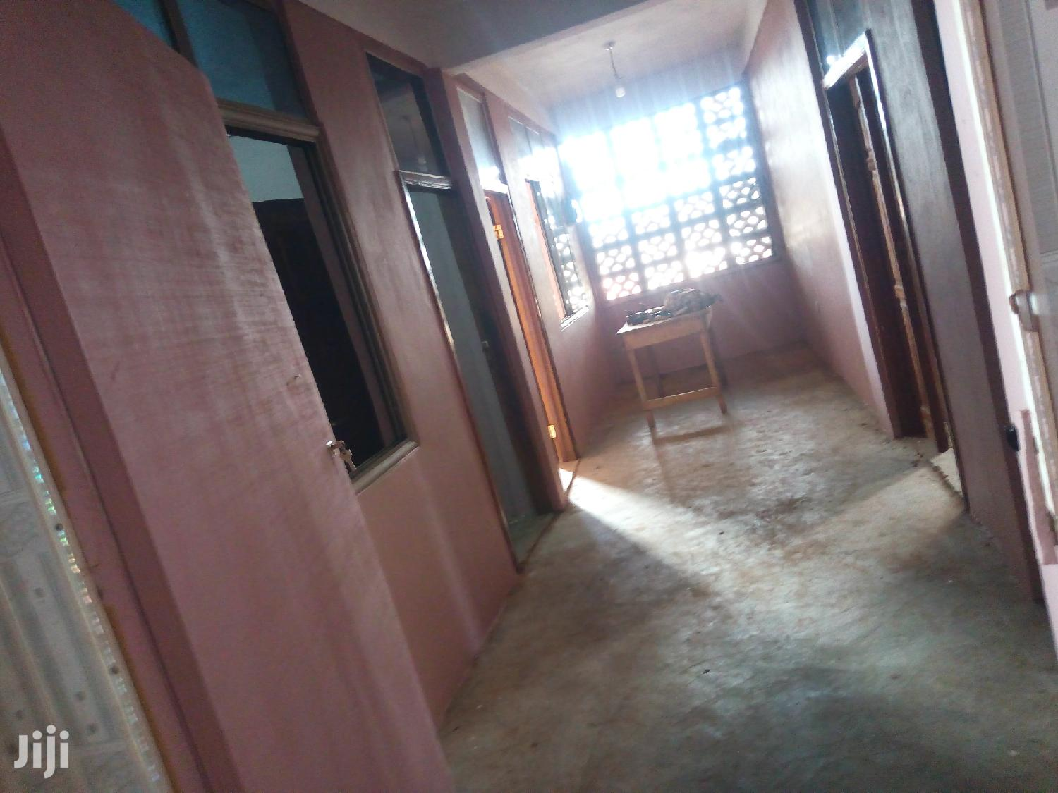 3 Rooms Office Self Contain | Houses & Apartments For Rent for sale in Sunyani Municipal, Brong Ahafo, Ghana