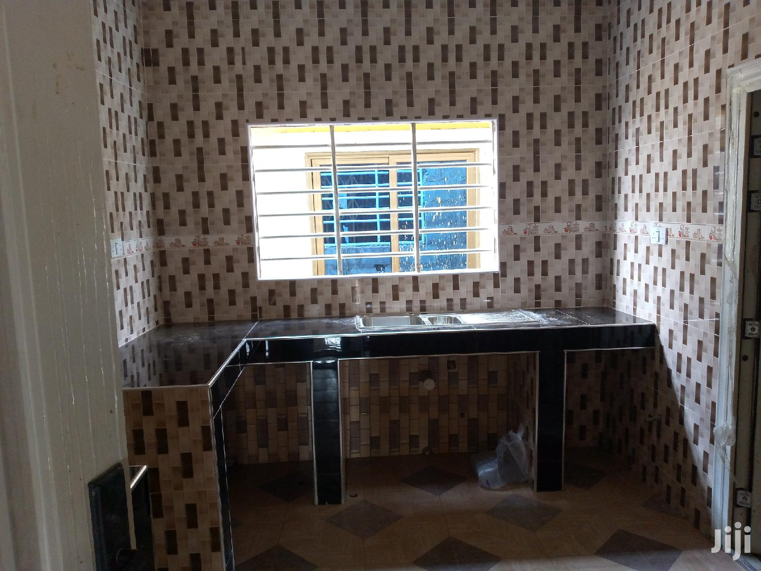 Executive Two Bedroom For Rent @ Spintex