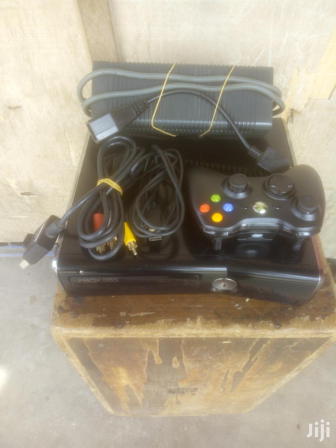 Slim Latest Xbox 360, Loaded With 14 Games