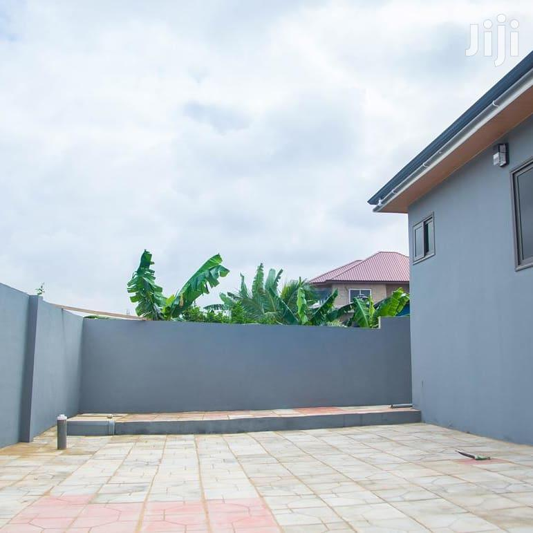 Archive: 3 Bedroom House At Kwabenya
