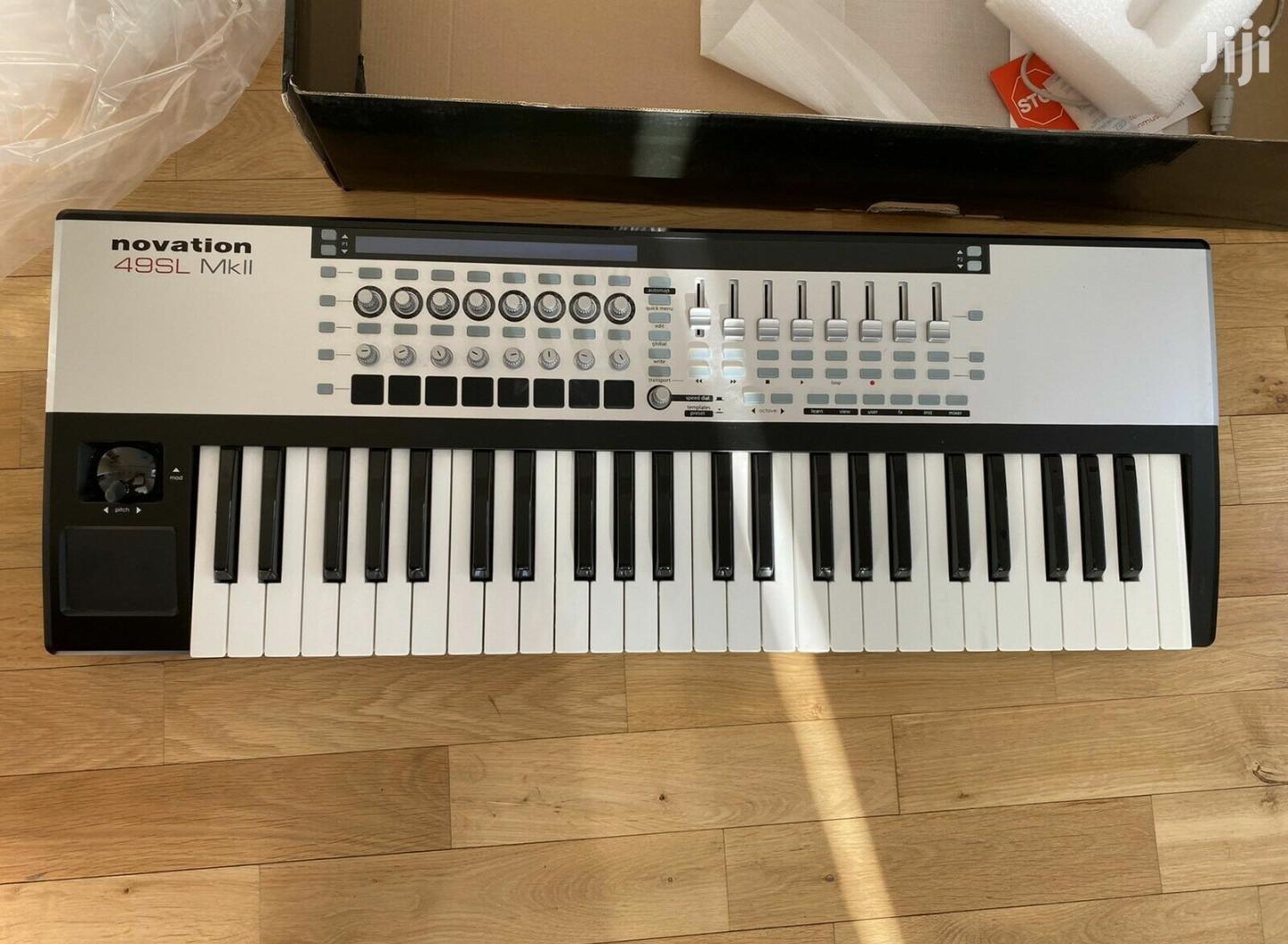 Novation Remote 49 SL MK II MIDI Keyboard.