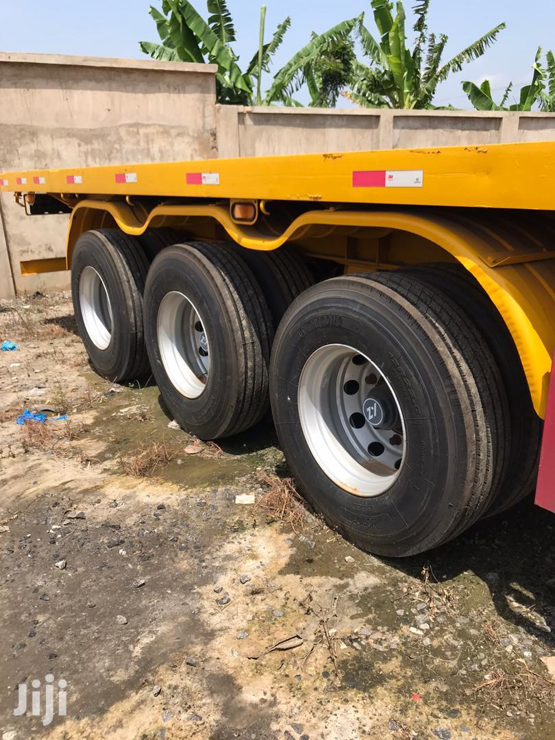 Flatbed Trailer 2015 Credible Triple Axles