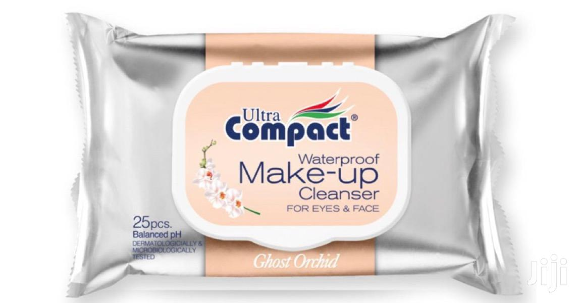 Ultra Compact Make-up Cleanser