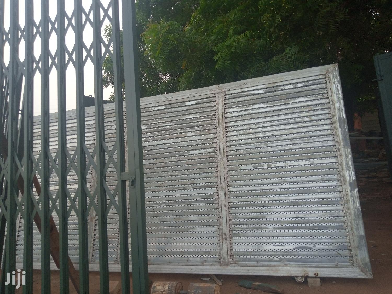 Galvanized Metallic Gate