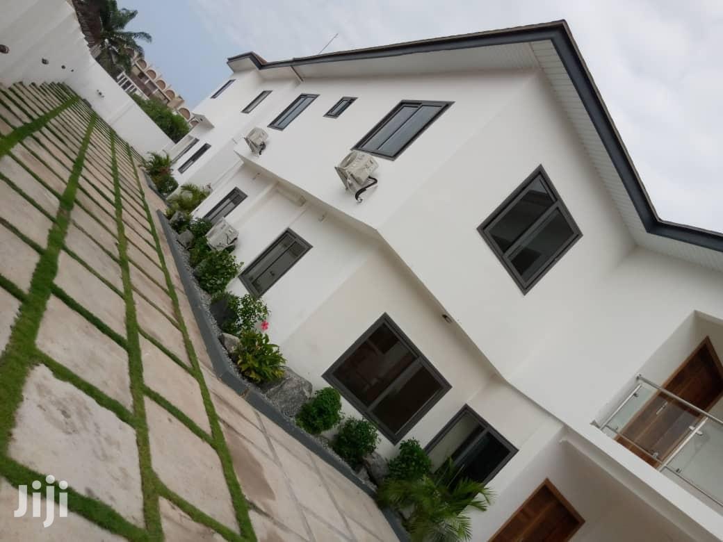 Newly Built Executive 3b Duplex Apartments for Rent Labone