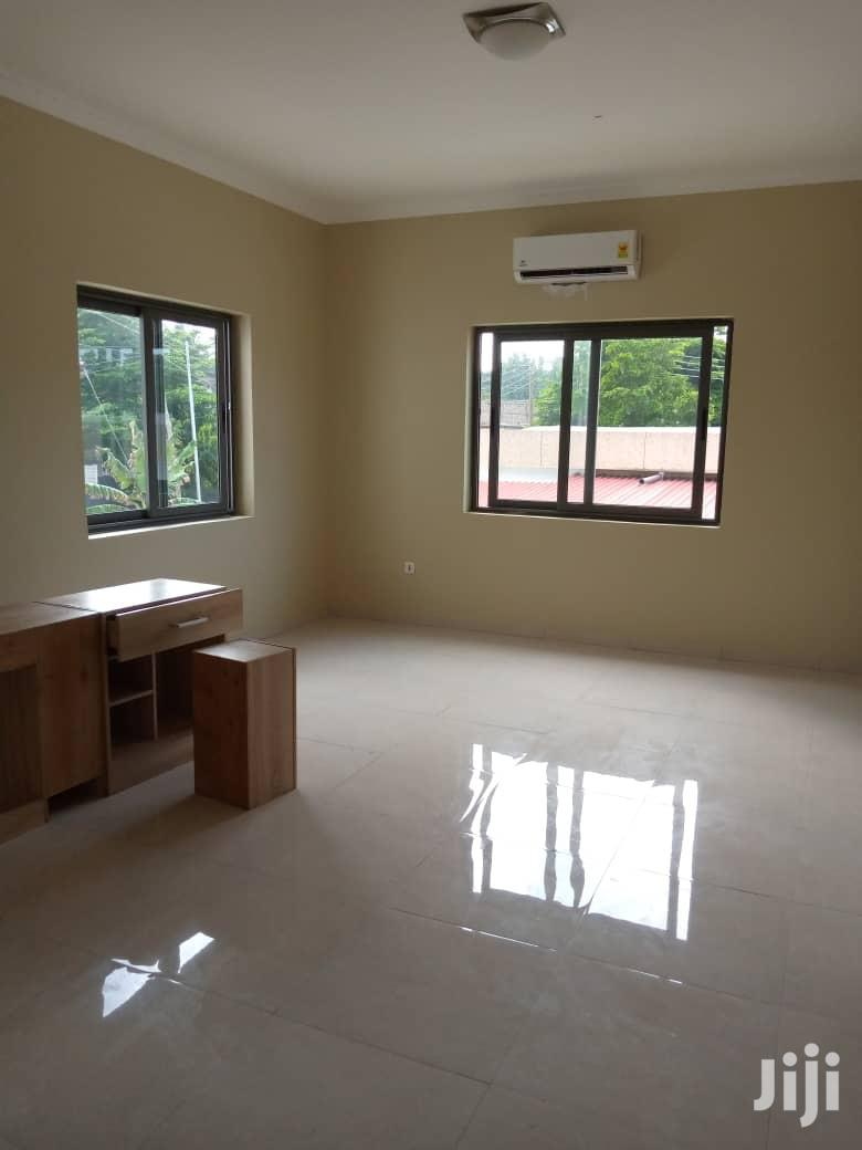 Newly Built Executive 3b Duplex Apartments for Rent Labone | Houses & Apartments For Rent for sale in Cantonments, Greater Accra, Ghana