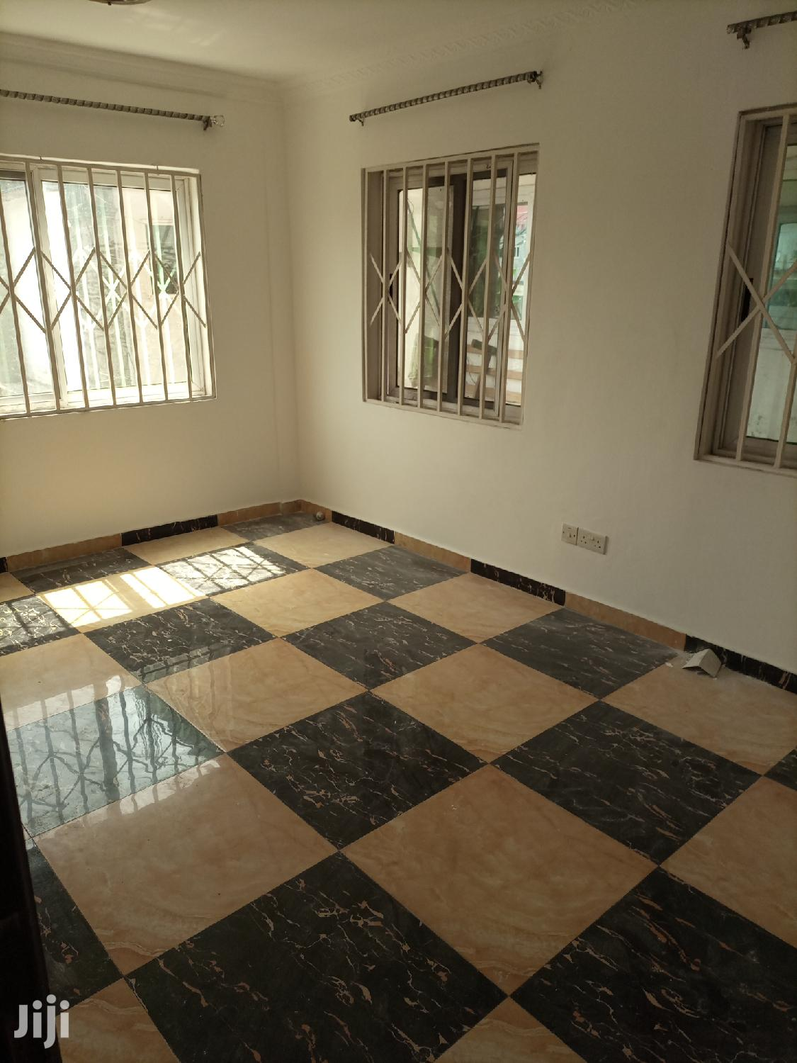 2bedroom Flat | Houses & Apartments For Rent for sale in Labadi-Aborm, Greater Accra, Ghana