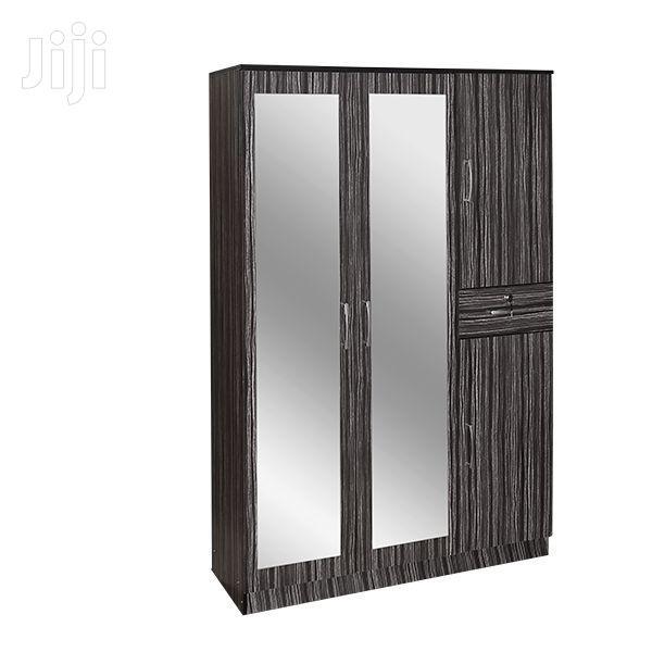 4 Door Wardrobe 2 Mirror