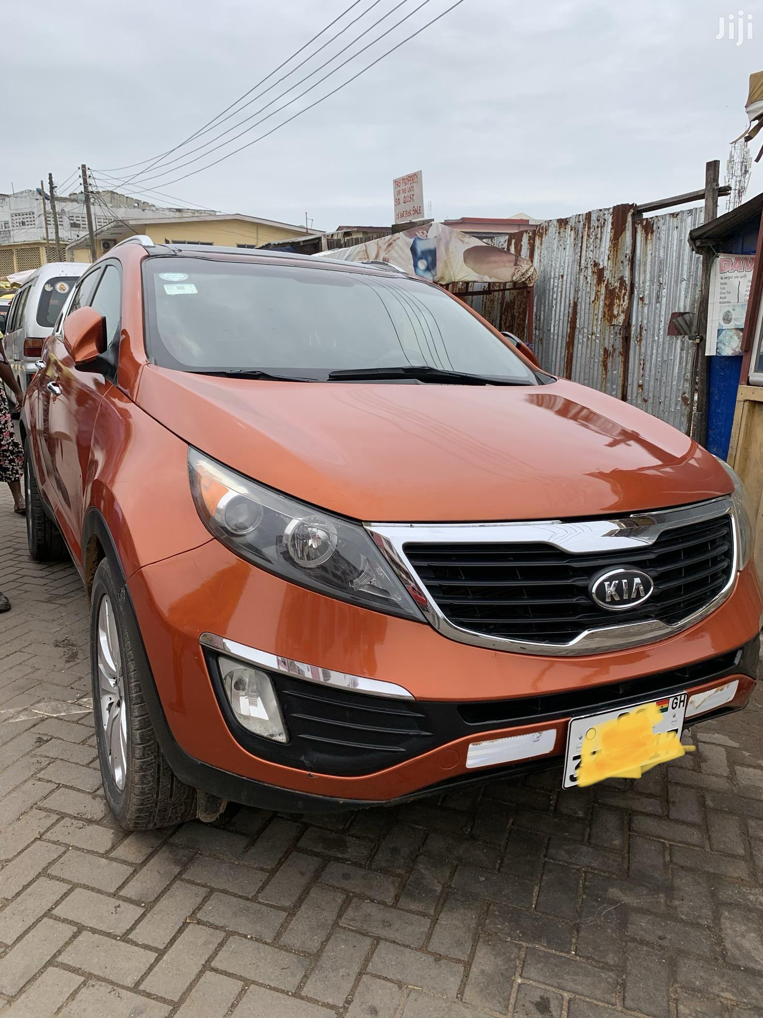Kia Sportage 2011 Orange