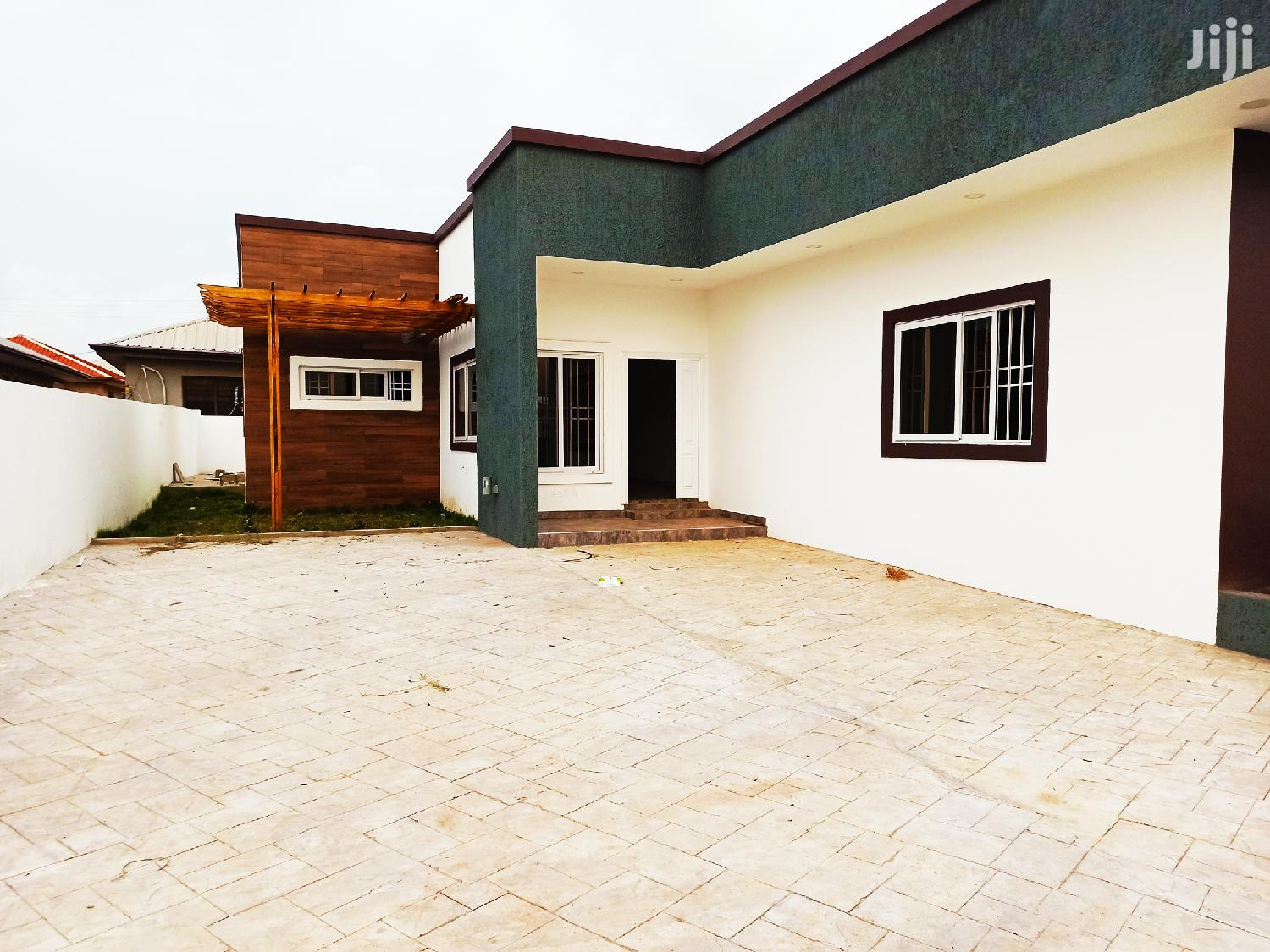 Plush 3bedrm House to Let at East Legon Hills