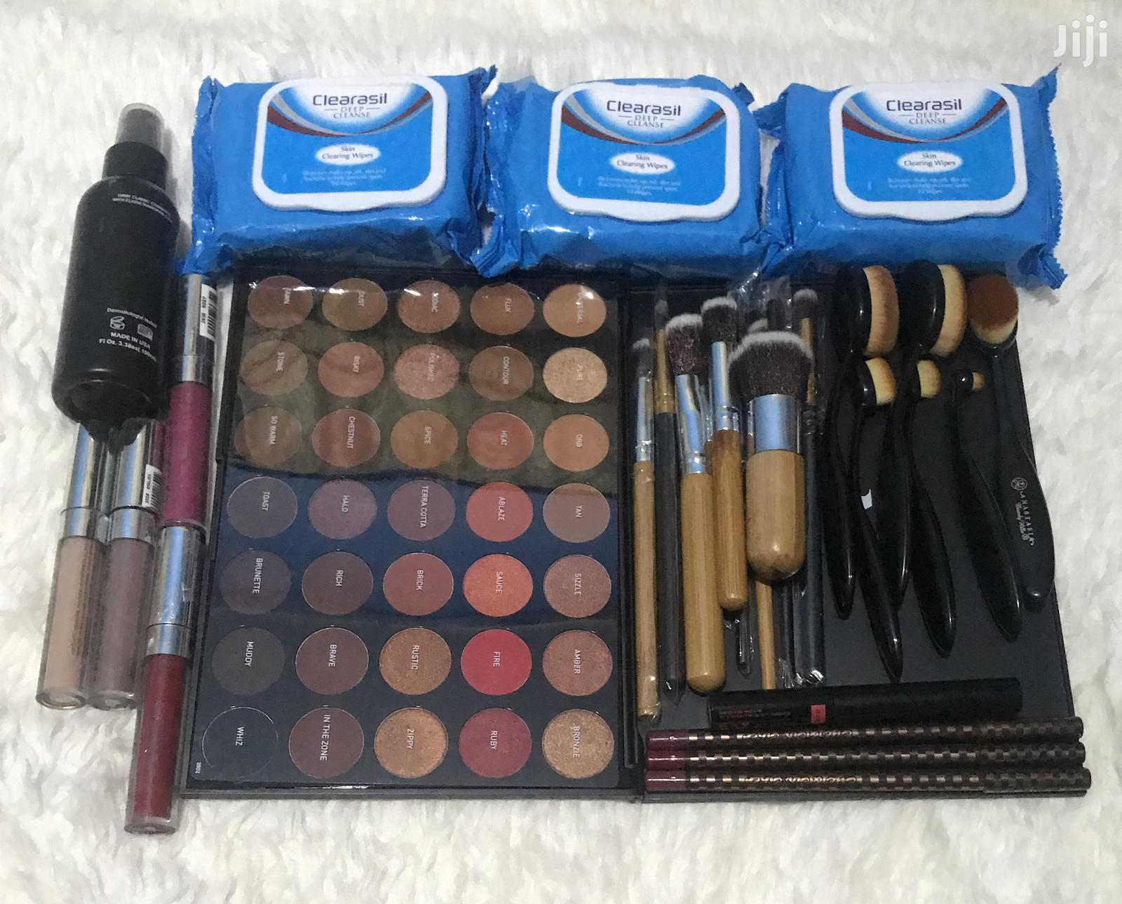 Archive: Full Makeup Kit Package