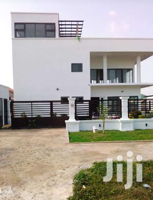 6bedrooms House For Sale At West Trassacco.