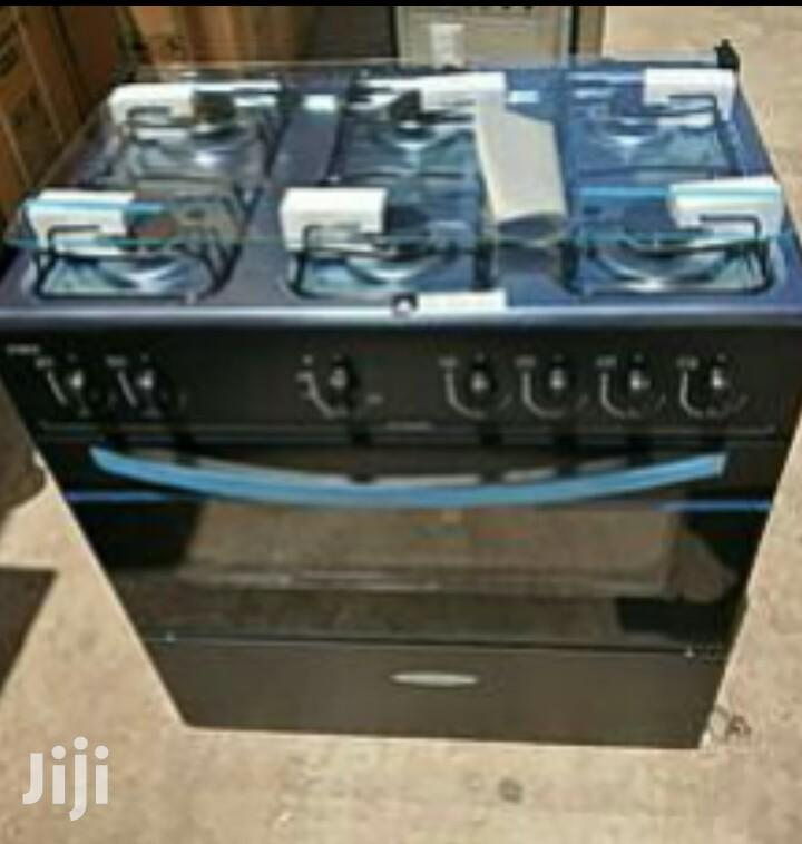 Reliable Icestream Gas Cooker 6 Burner Oven and Stove