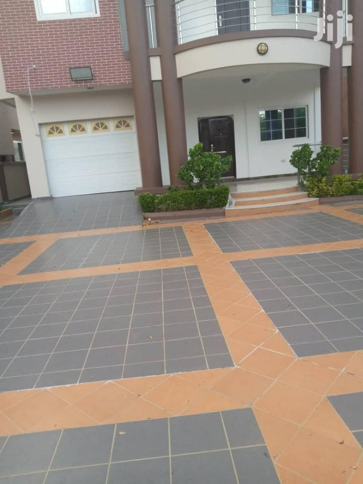 NEW MANSION at Cantonment 4 Rent
