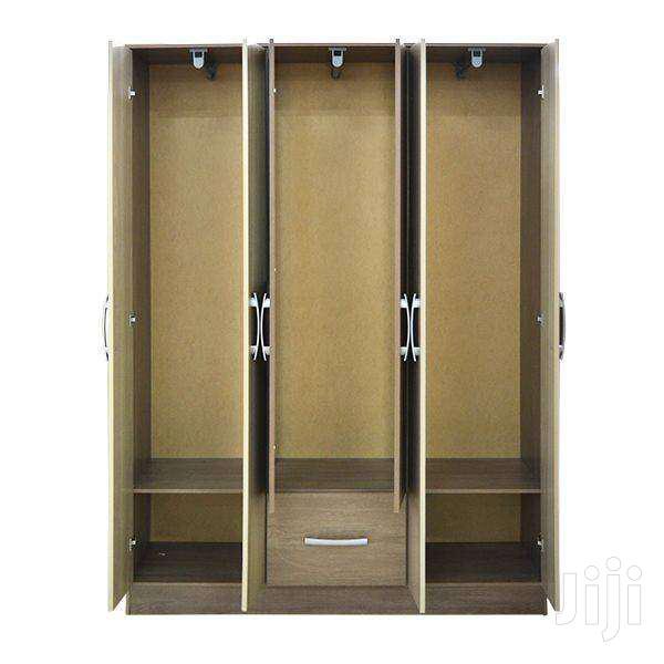 WARDROBE 6 DOORS WITH MIRROR