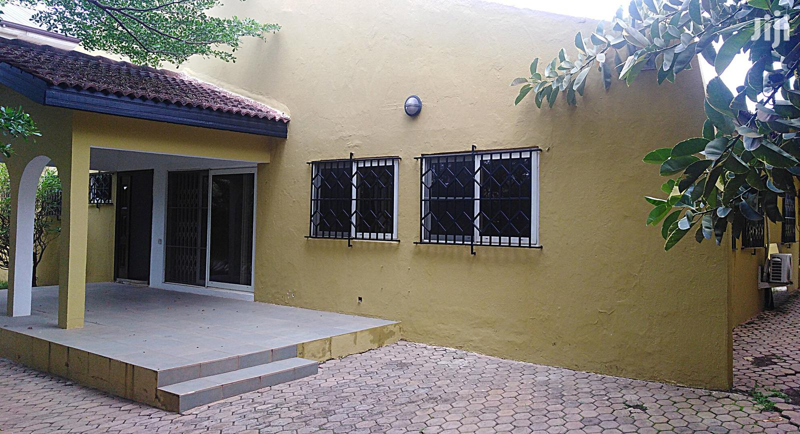 3br House for Rent at Manet Court