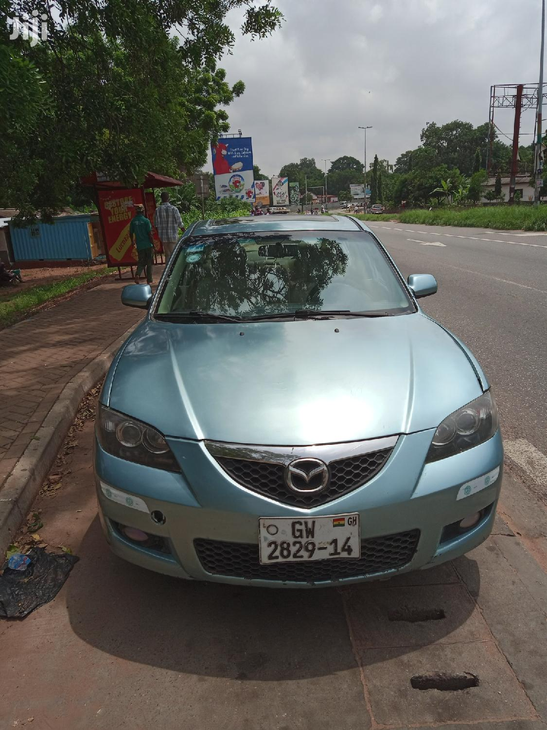 Archive: Mazda 3 2008 2.0 Dynamic Blue