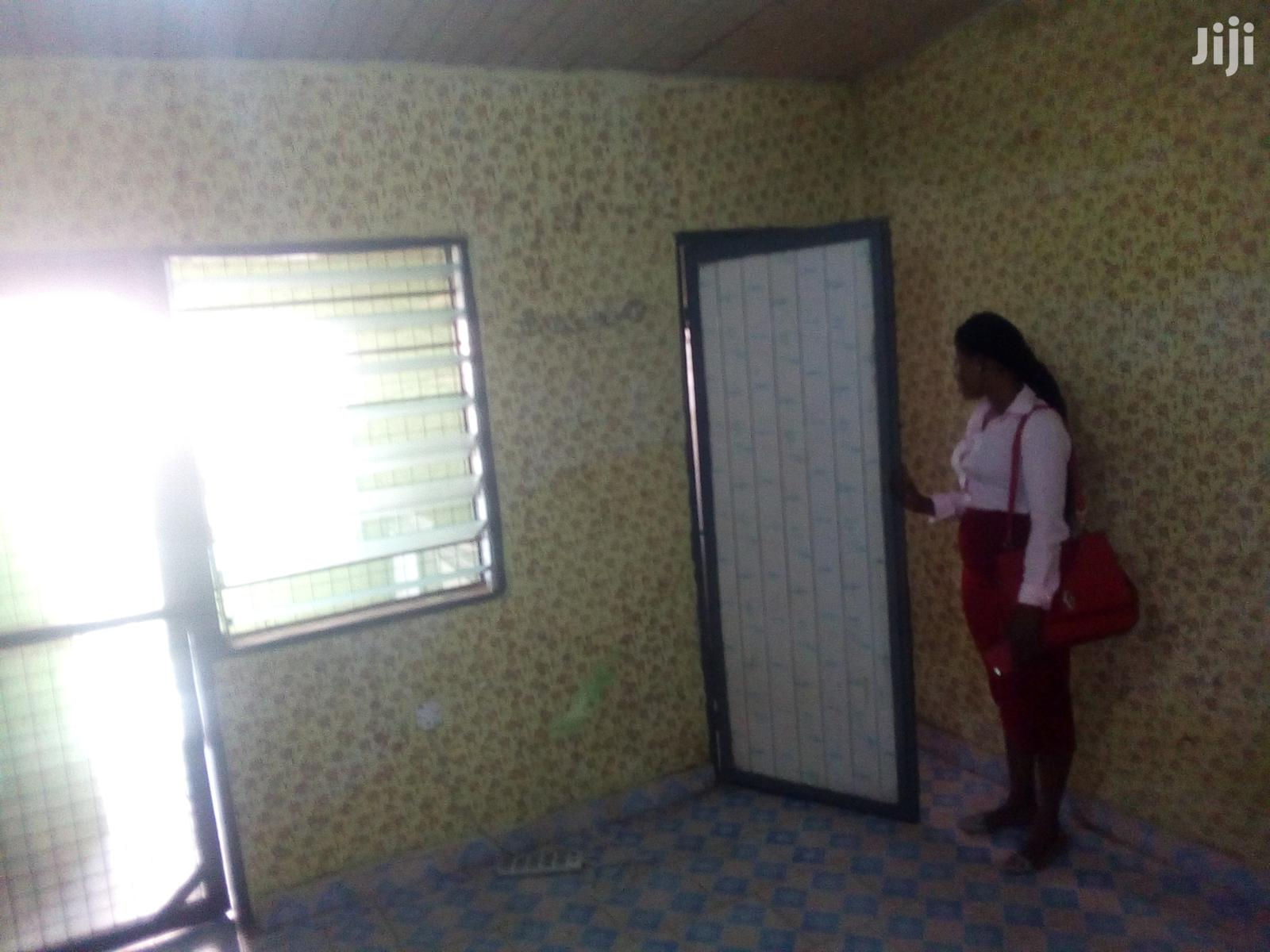 Archive: 1bdrm House in Adabraka for Rent
