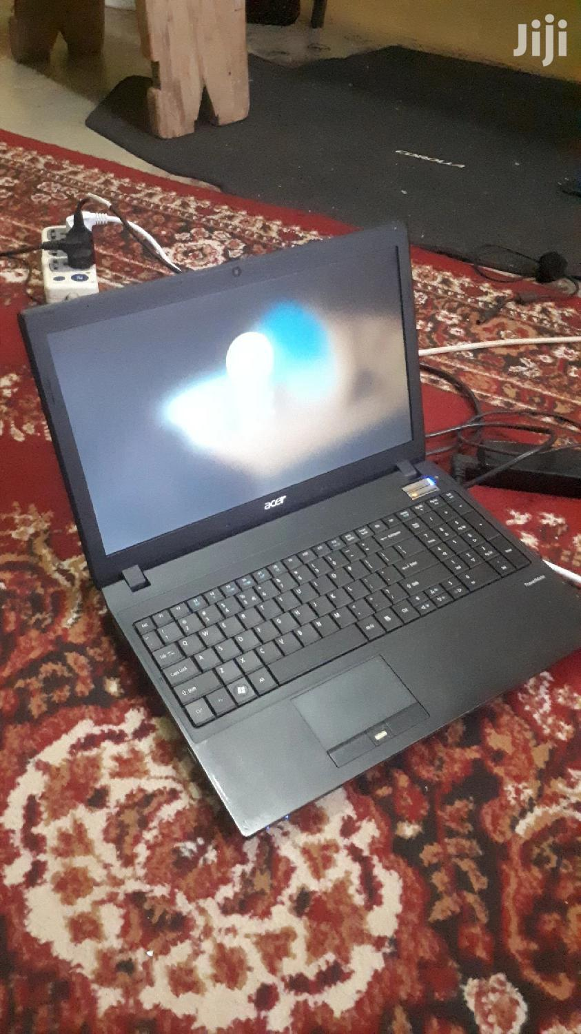 Laptop Acer TravelMate 8572 4GB Intel Core i5 HDD 500GB