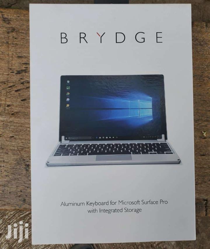 New Laptop 1GB Intel 16 GB