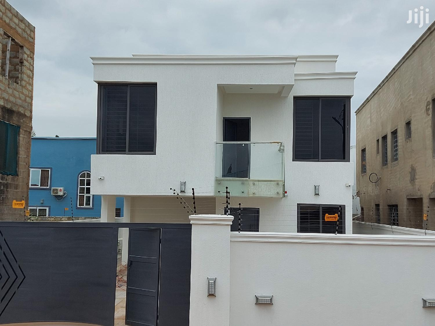 Luxurious 4 Bedroom House For Sale In East Legon