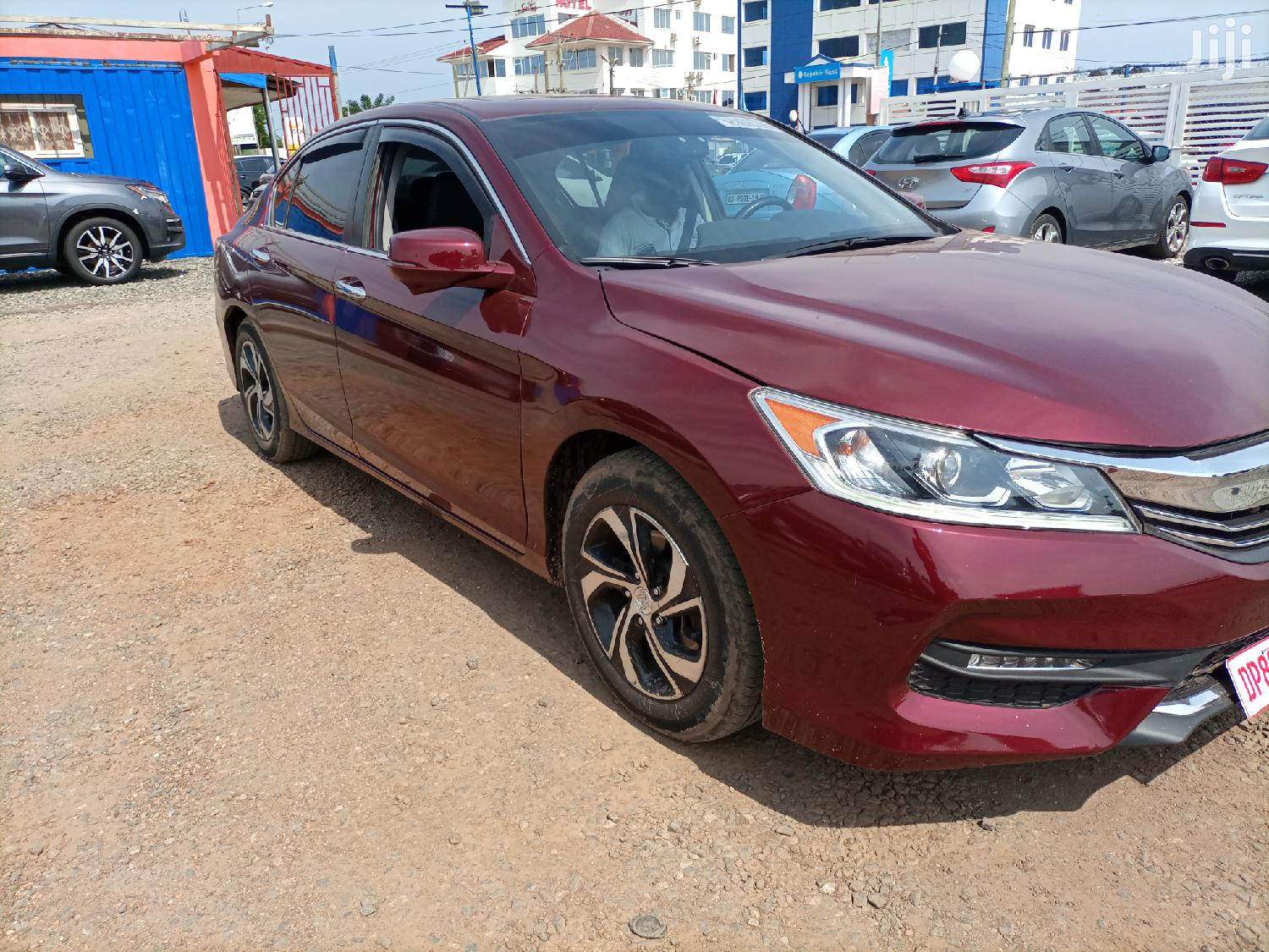 Archive: Honda Accord 2017 Red