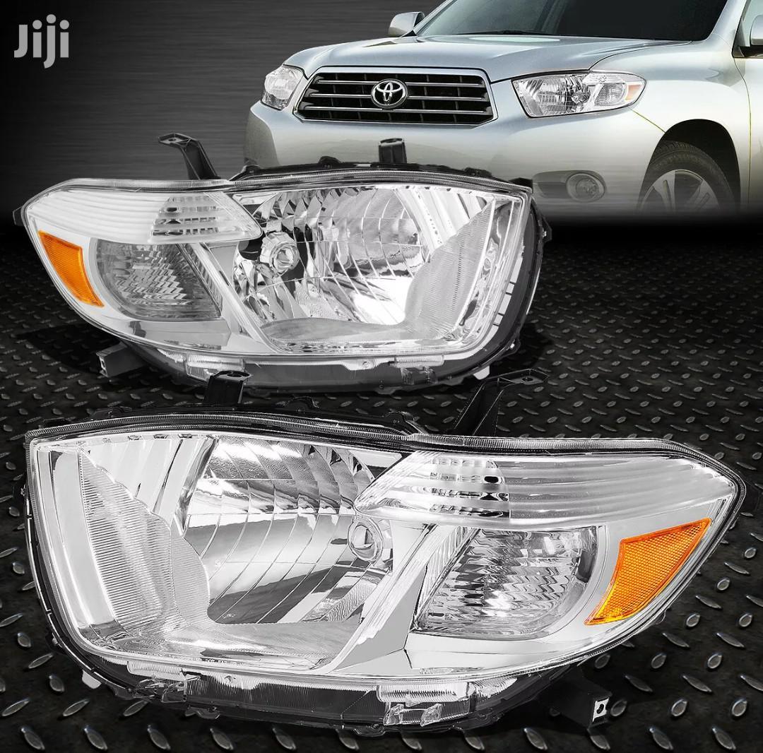 Toyota Hilux 2008-2010 Headlight Pair