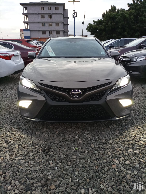 Toyota Camry 2018 Green