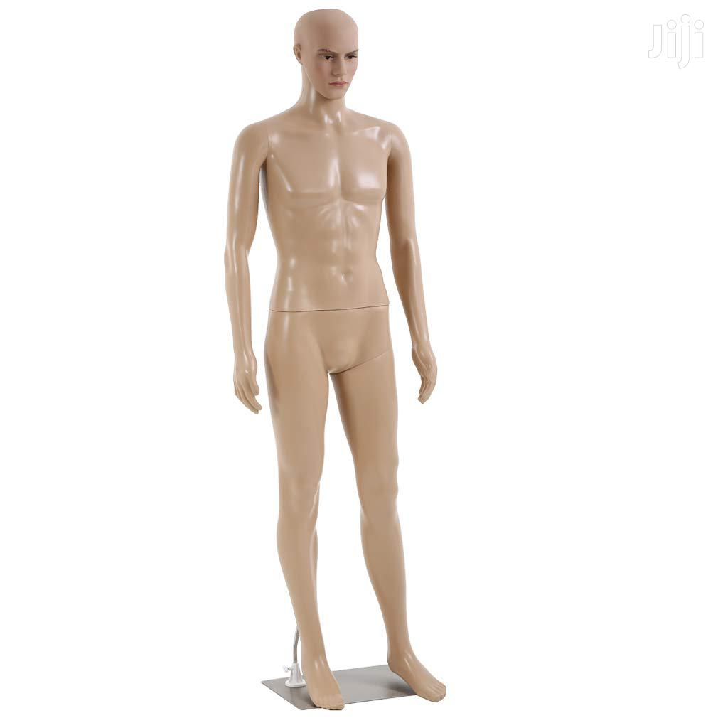Archive: Male Mannequin