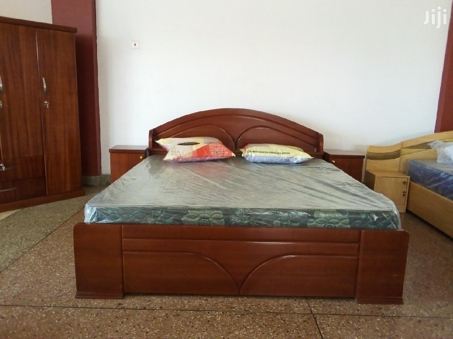 Archive: Cross Triangle Bed With Mattress