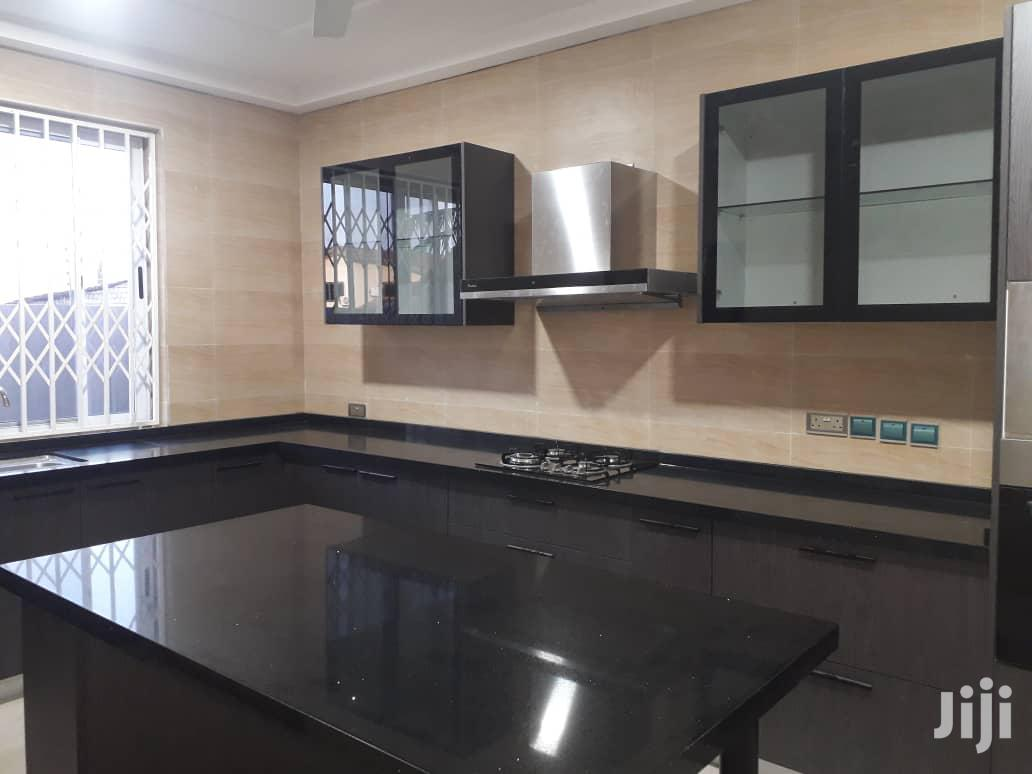 Luxury 2 Bedroom Apartment for Rent  Location: