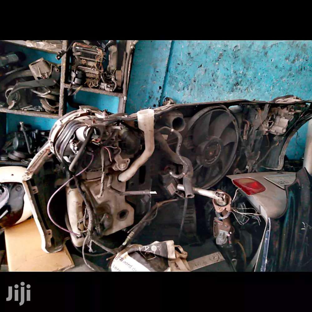 Mercedes Benz W 203 Front Cut