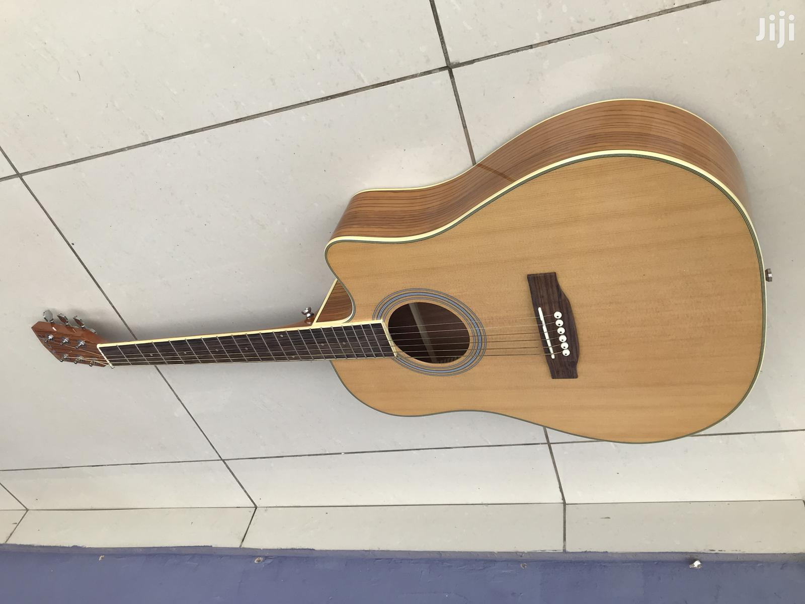 Acoustic Guitar and Nice Bag   Musical Instruments & Gear for sale in Accra Metropolitan, Greater Accra, Ghana