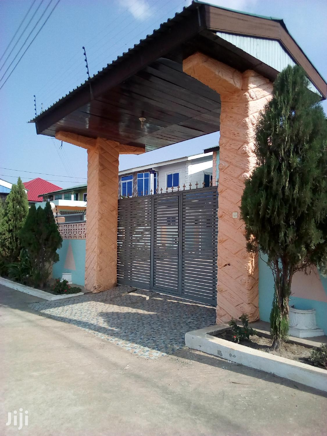 Newly Built 3bedroom Penthouse Selfcontain For Sale At Oyibi