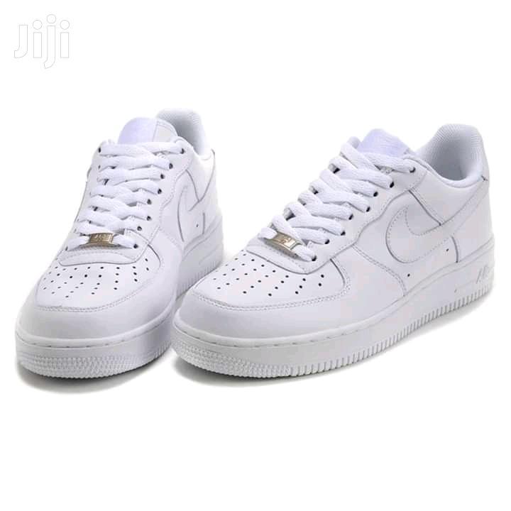 Original Nike Air Force 1 Sneakers