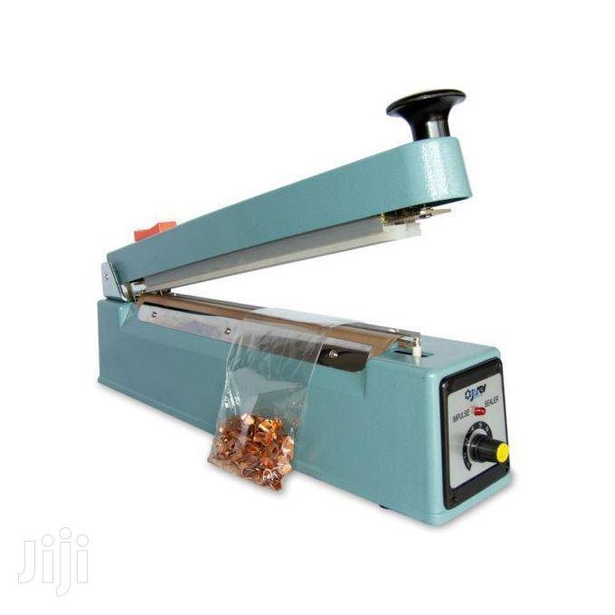 Rubber Sealing Machine - Blue