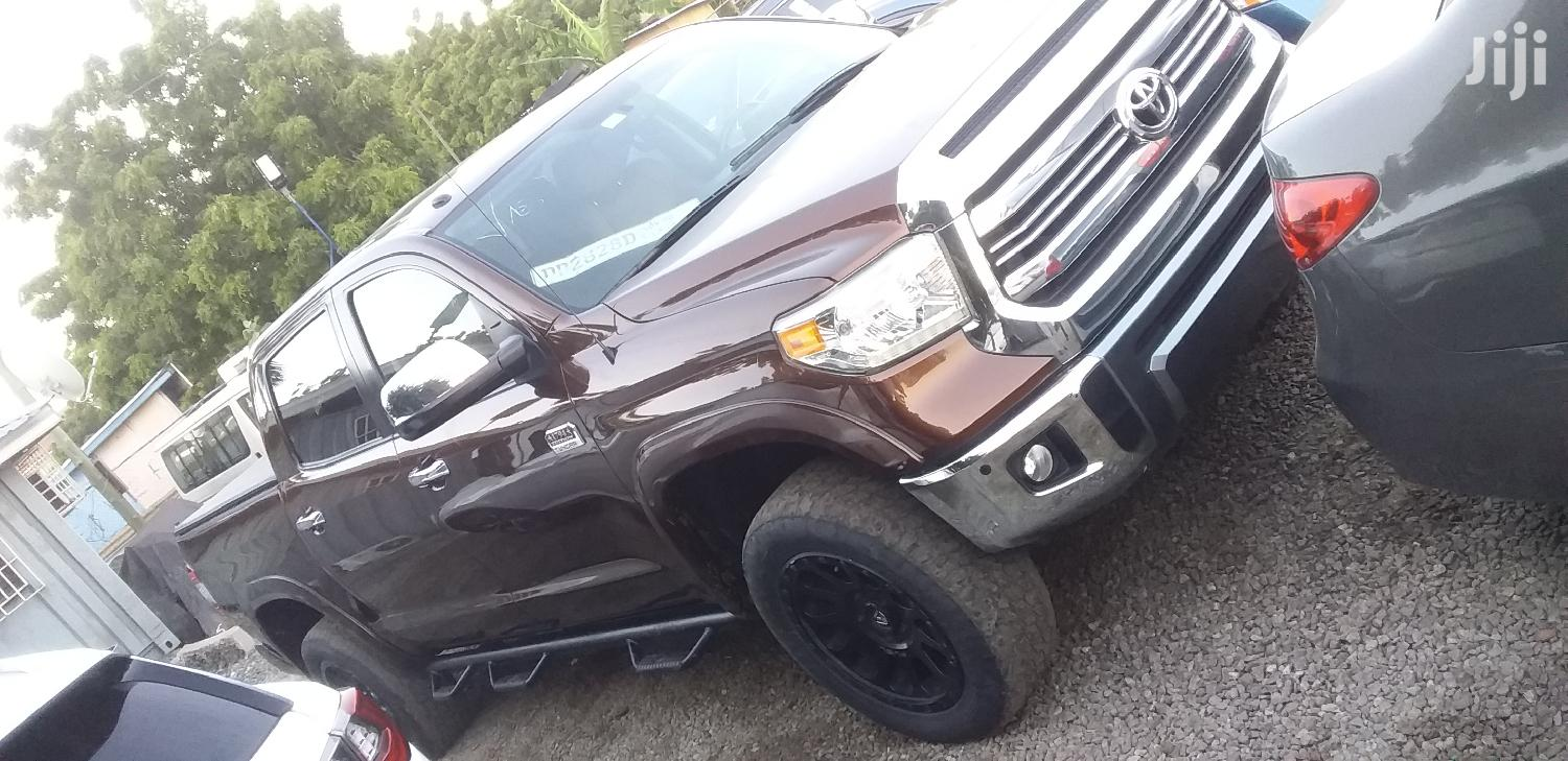 Archive: Toyota Tundra 2017 Brown