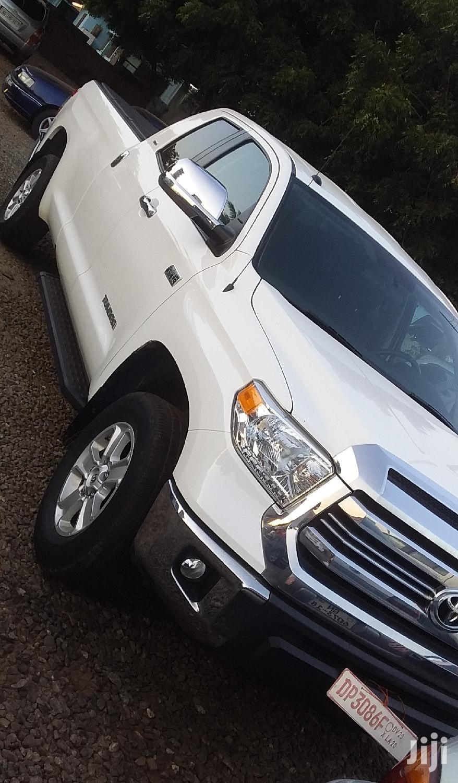 Toyota Tundra 2017 White