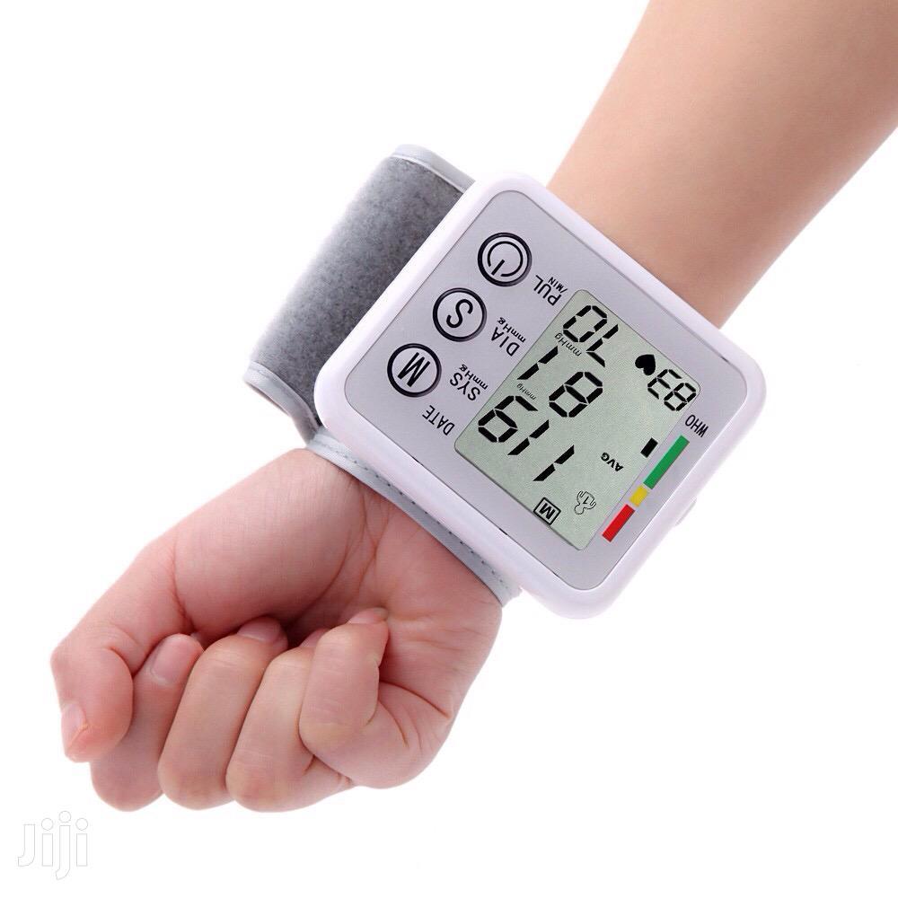 Watch Blood Pressure Monitor