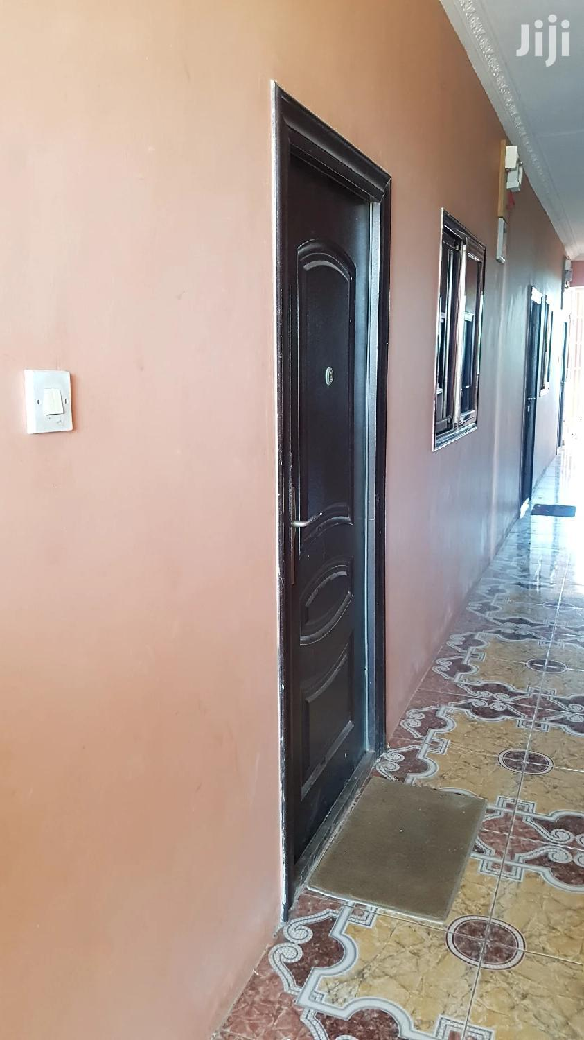 Executive Single Room Self Contain for Rent at Achimota