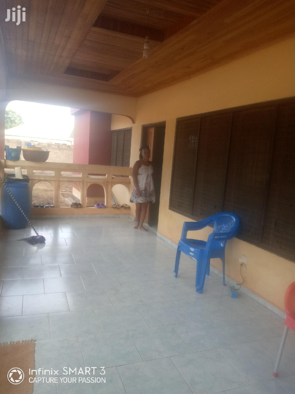 Chamber And Hall For Rent In Fiapre