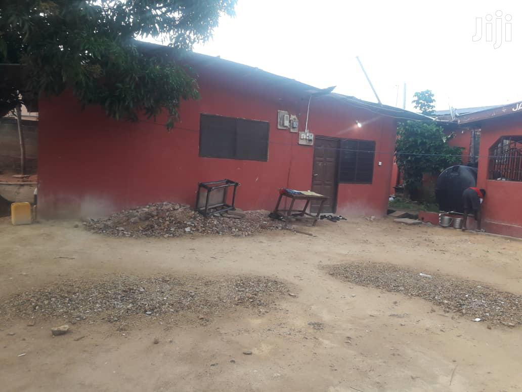 5bedroom House,2chamber Hall,3single Rooms 2stores for Sale